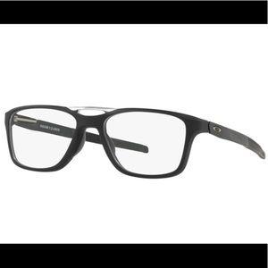 NEW, AUTHENTIC OAKLEY Gauge 7.2, TruBridge Glasses